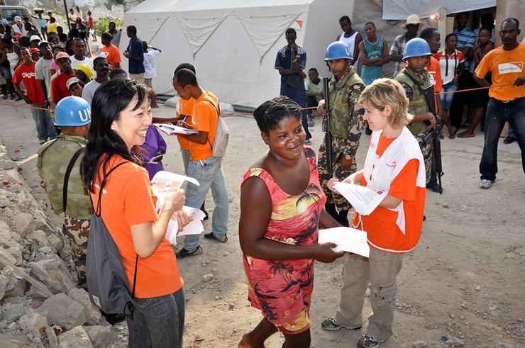 Terrain de'Enaf_식량외물품지원-아이티 90일의긴급구호.JPG